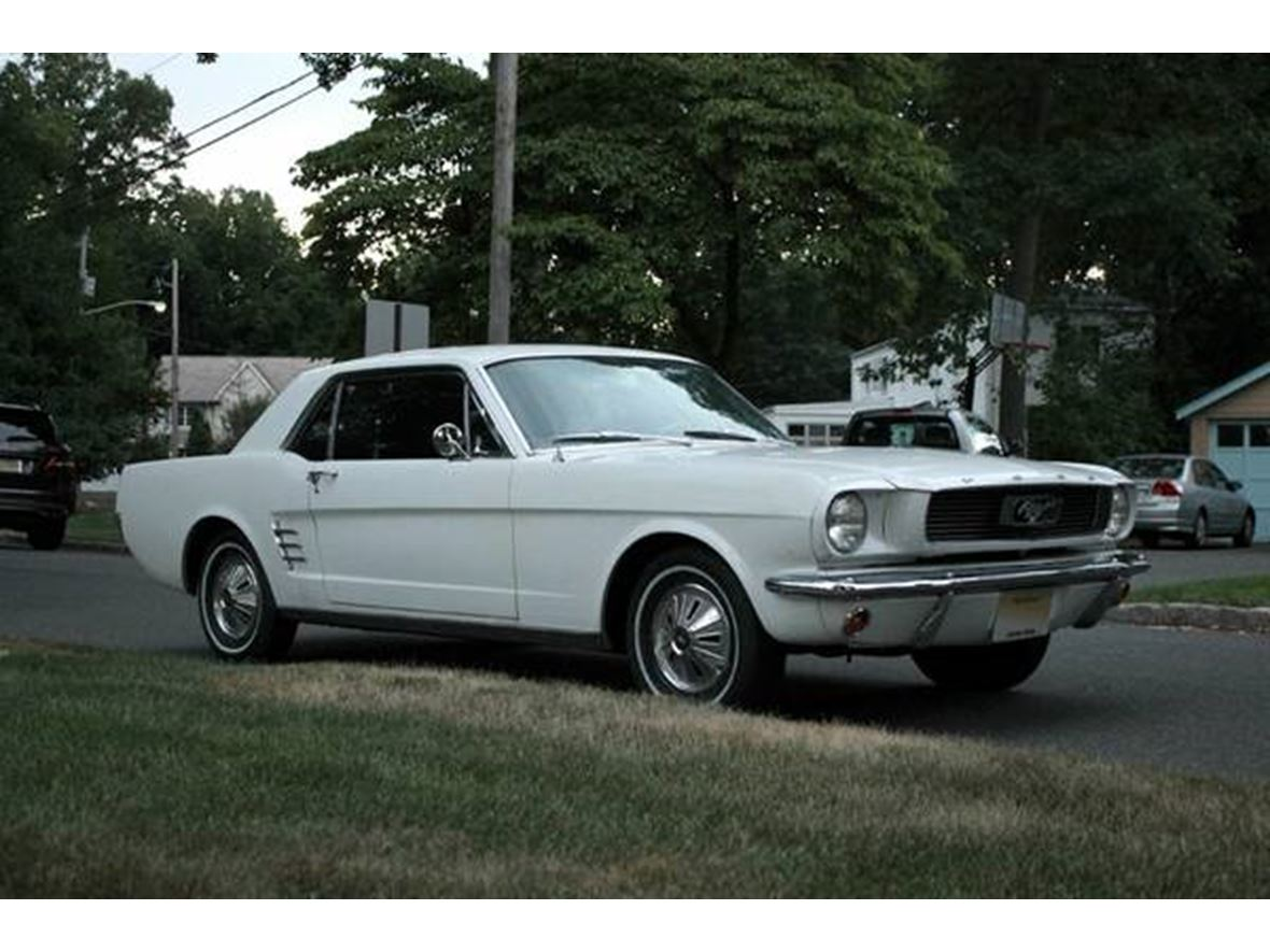 1966 ford mustang classic car sale by owner in raleigh nc 27699. Black Bedroom Furniture Sets. Home Design Ideas