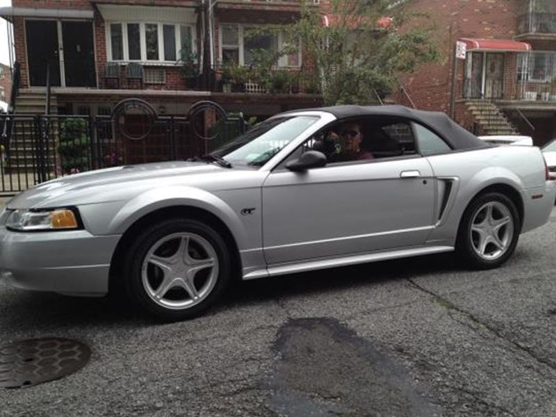 2000 ford mustang for sale by owner in ozone park ny 11417. Black Bedroom Furniture Sets. Home Design Ideas