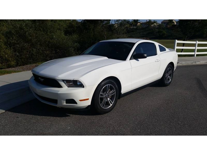 2010 ford mustang for sale by owner in murrieta ca 92564. Black Bedroom Furniture Sets. Home Design Ideas