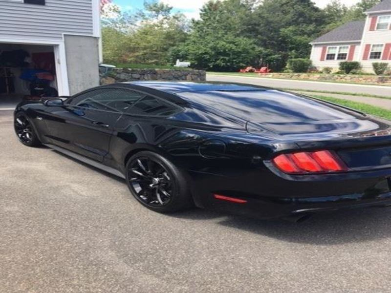 2015 ford mustang for sale by owner in west warren ma 01092. Black Bedroom Furniture Sets. Home Design Ideas