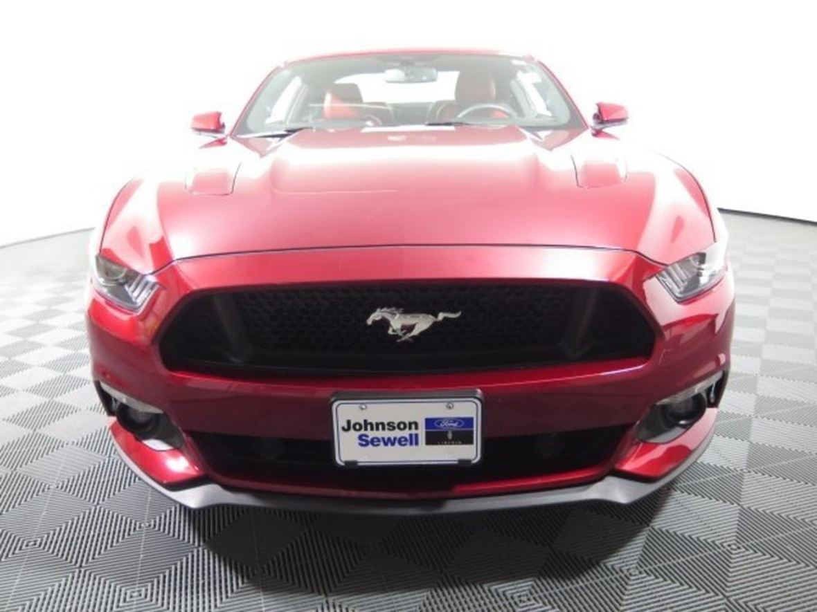 2016 Ford Mustang for sale by owner in Marble Falls