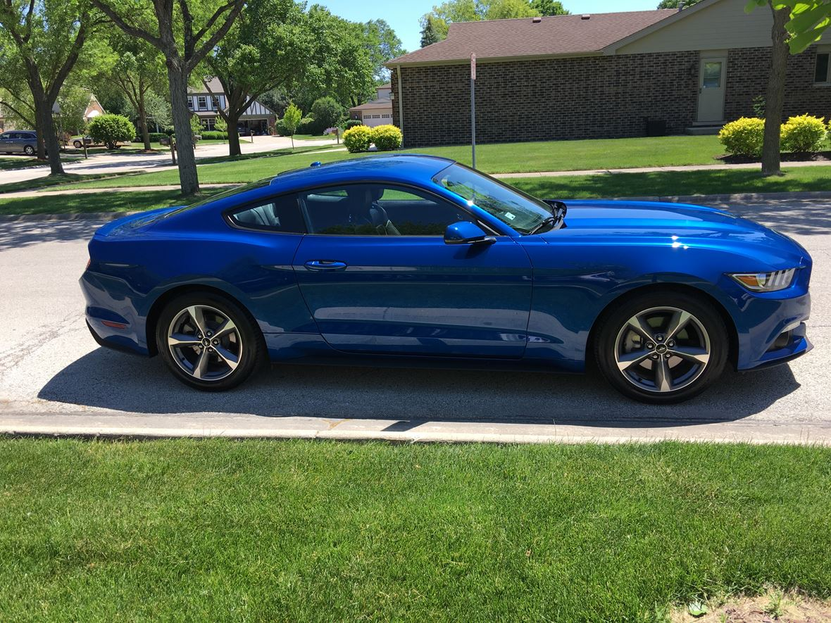 2017 Ford Mustang for sale by owner in Broomfield