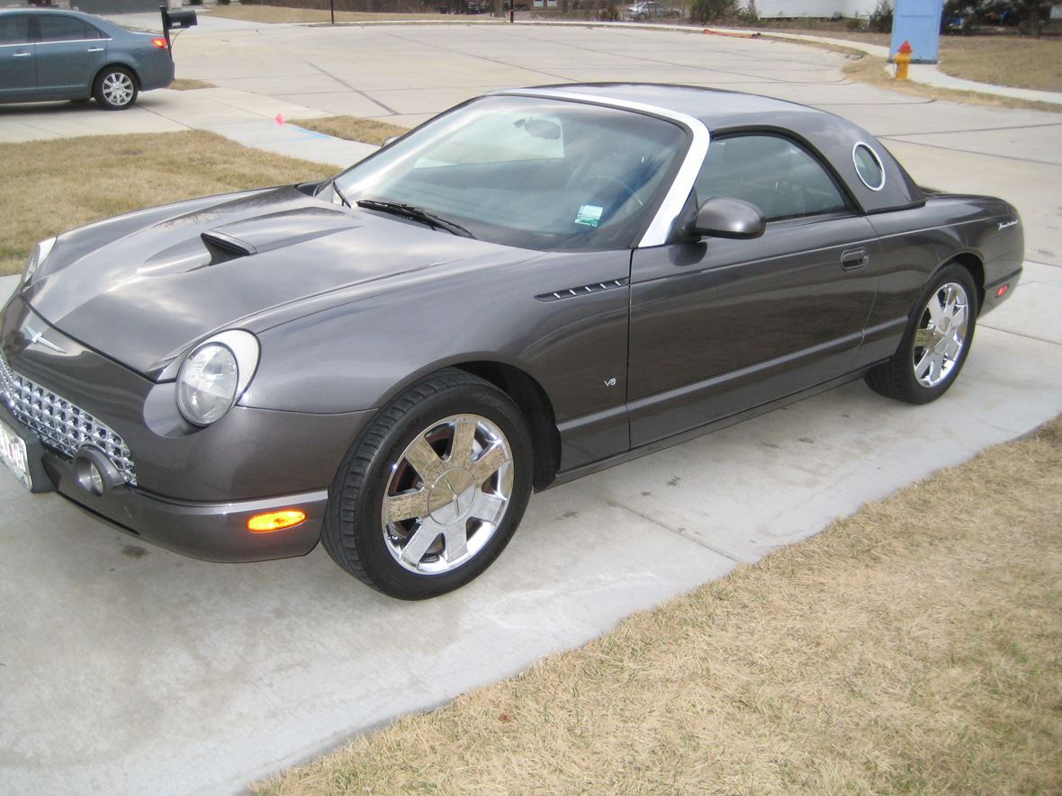 2003 Ford Thunderbird for sale by owner in Saint Charles