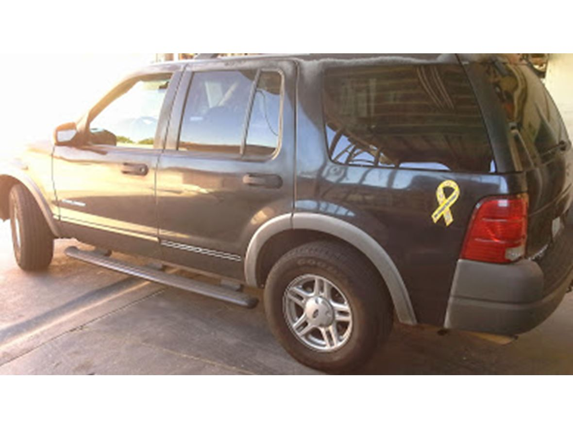 2002 Ford XLT for sale by owner in Los Angeles