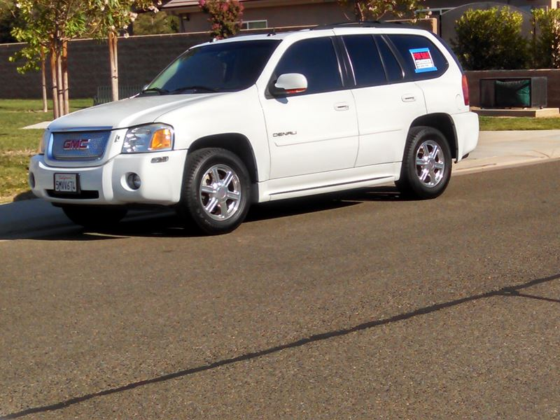 2005 gmc envoy denali for sale by owner in clovis ca 93619. Black Bedroom Furniture Sets. Home Design Ideas