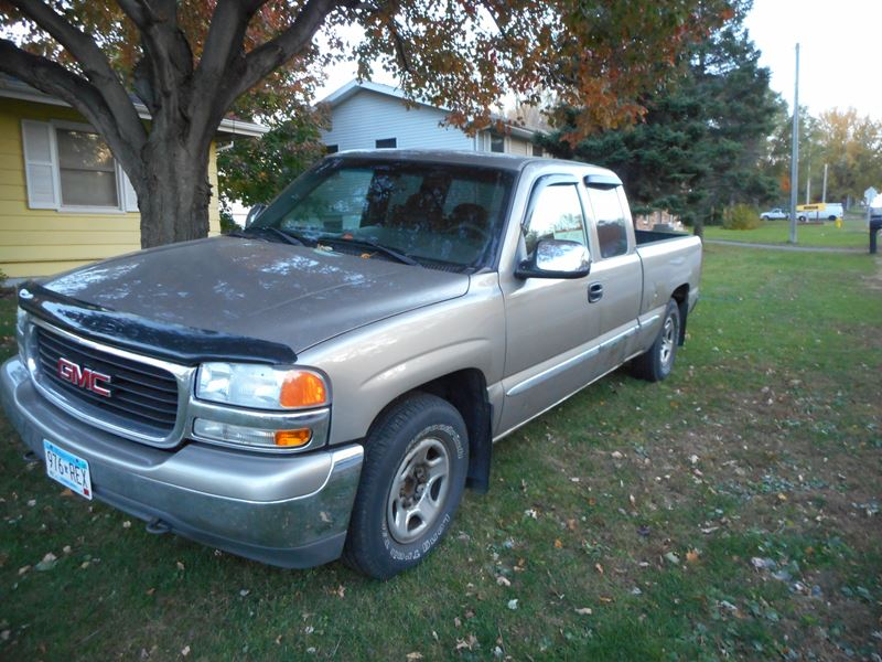 2001 GMC Sierra 1500 for sale by owner in SAINT PAUL
