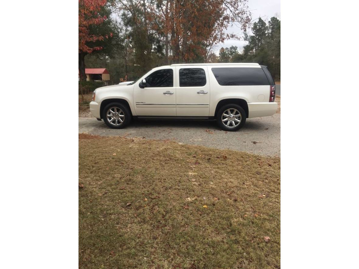 2010 gmc yukon denali xl for sale by owner in barnwell sc 29812. Black Bedroom Furniture Sets. Home Design Ideas