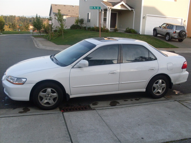 2000 honda accord for sale by owner in renton wa 98058. Black Bedroom Furniture Sets. Home Design Ideas