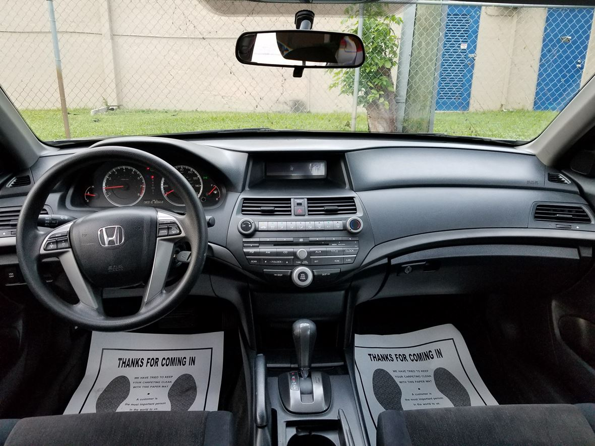 2010 Honda Accord for sale by owner in Miami