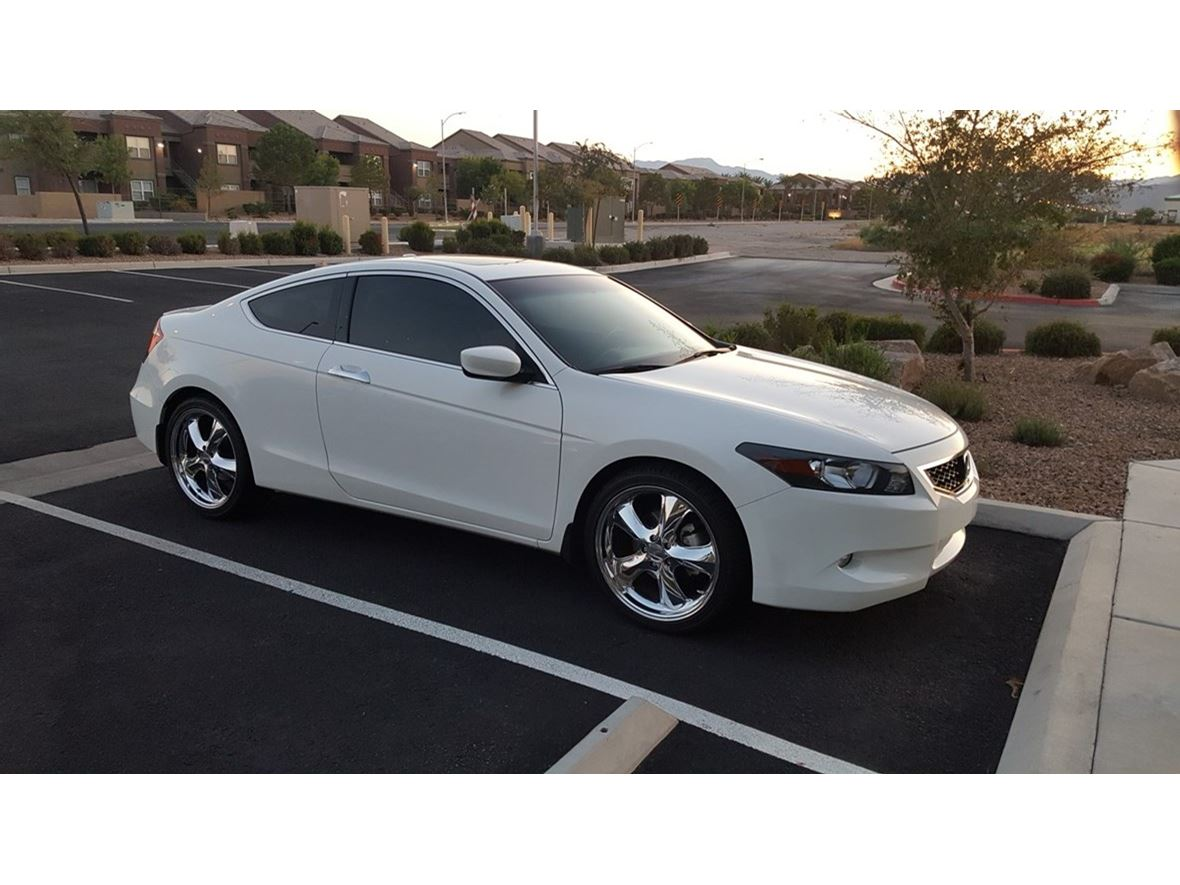 2010 Honda Accord Coupe for sale by owner in Las Vegas