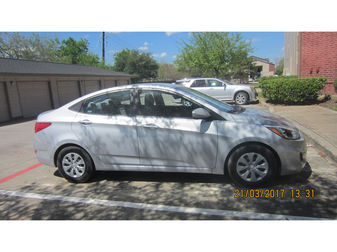 Used 2015 Hyundai Accent For Sale By Owner In Baytown Tx