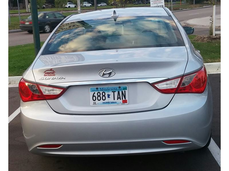2011 Hyundai Sonata GLS for sale by owner in SAINT PAUL