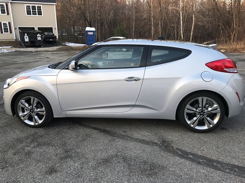 2016 hyundai veloster for sale by owner in holden ma 01520. Black Bedroom Furniture Sets. Home Design Ideas