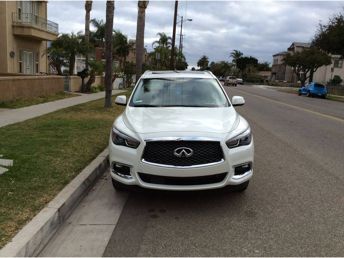 2017 Infiniti QX60 for sale by owner in Huntington Beach