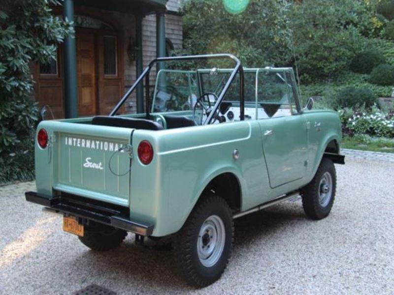 1964 International Scout 800