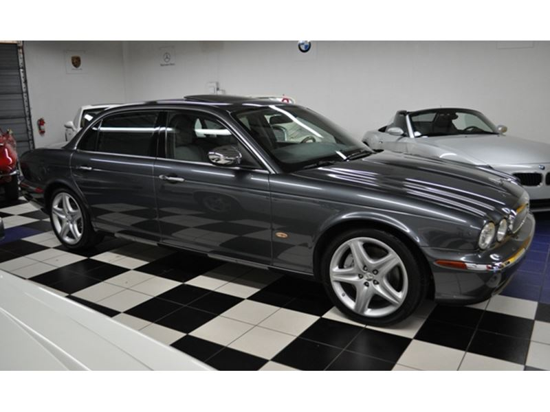 2006 jaguar xj super v8 private car sale in pompano. Black Bedroom Furniture Sets. Home Design Ideas