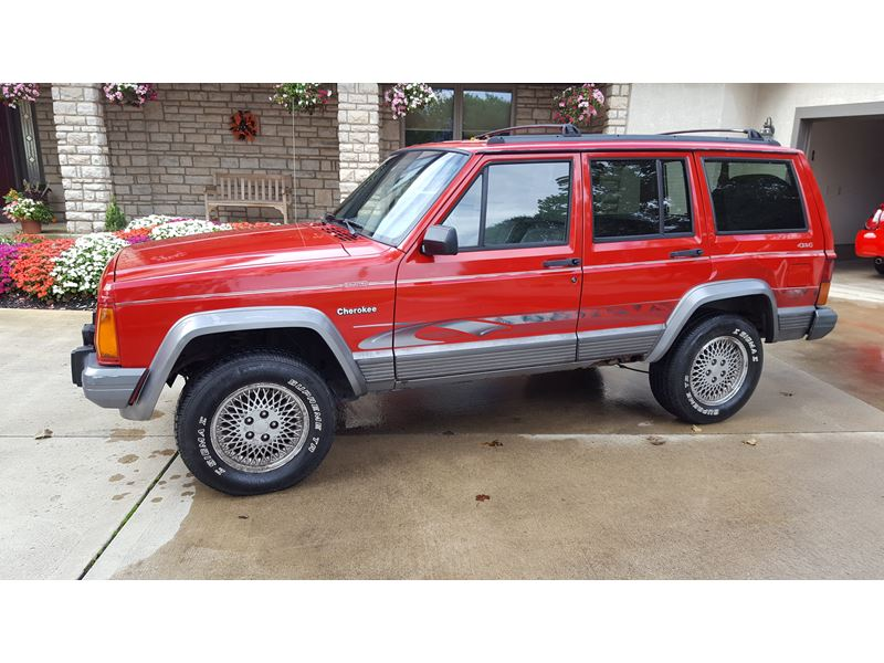 1995 jeep cherokee sale by owner in canal winchester oh 43110. Black Bedroom Furniture Sets. Home Design Ideas