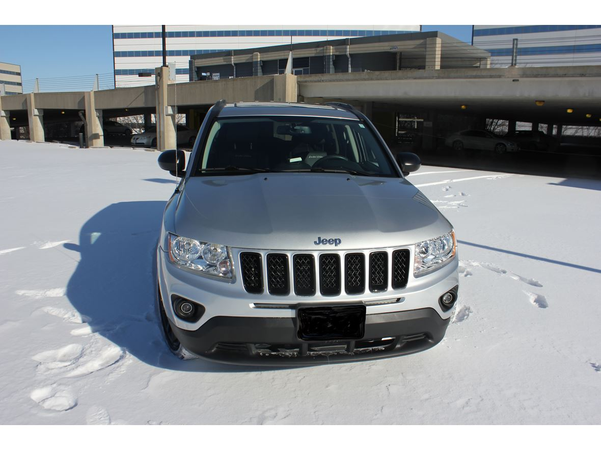 2013 Jeep Compass for sale by owner in Schaumburg