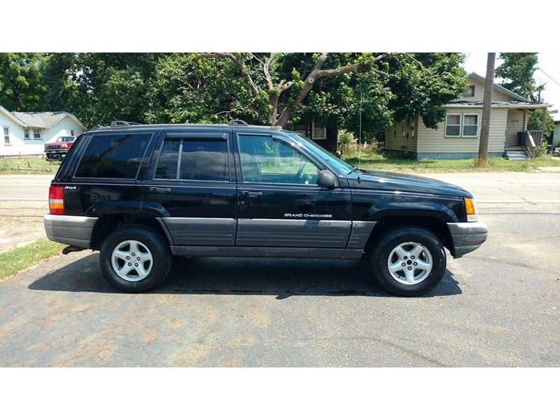 1998 jeep grand cherokee for sale by owner in canton oh 44750. Black Bedroom Furniture Sets. Home Design Ideas