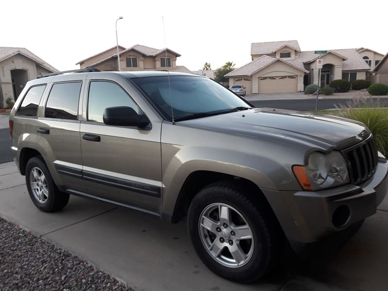 used 2005 jeep grand cherokee for sale by owner in gilbert az 85296. Black Bedroom Furniture Sets. Home Design Ideas