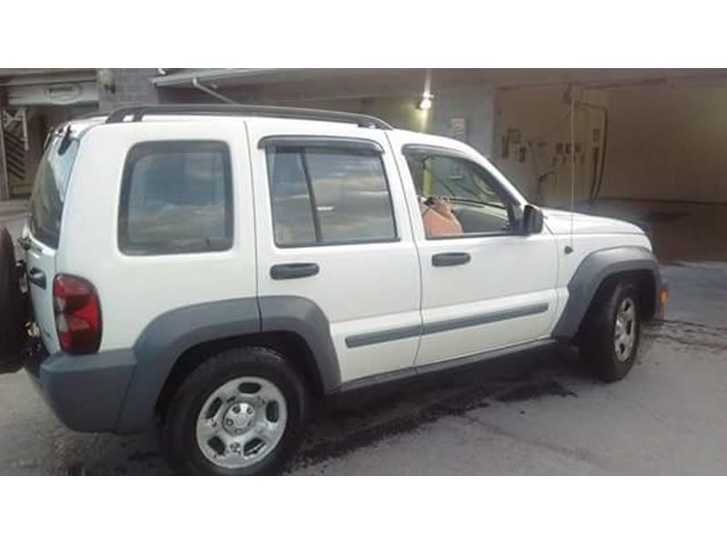 used 2005 jeep liberty for sale by owner in emporium pa 15834. Black Bedroom Furniture Sets. Home Design Ideas