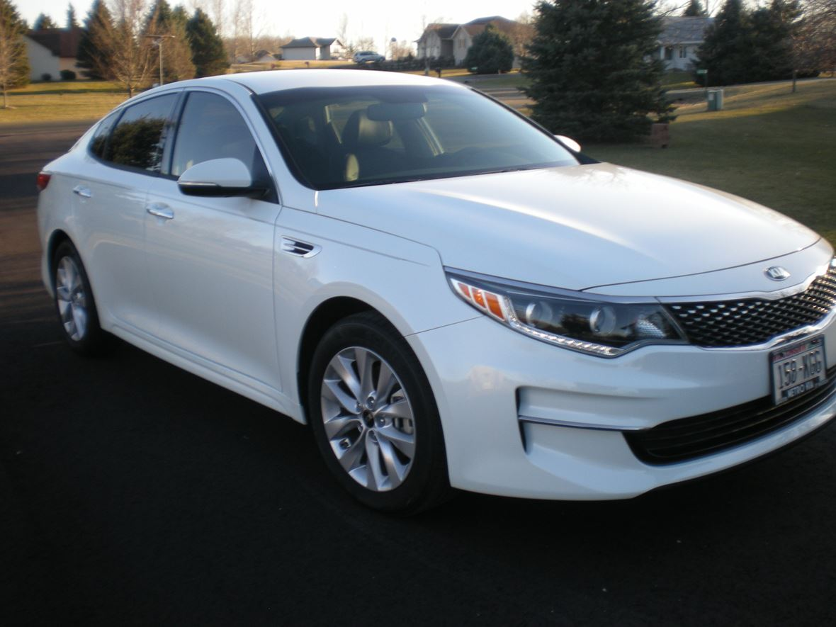 used 2016 kia optima for sale by owner in pardeeville wi 53954. Black Bedroom Furniture Sets. Home Design Ideas