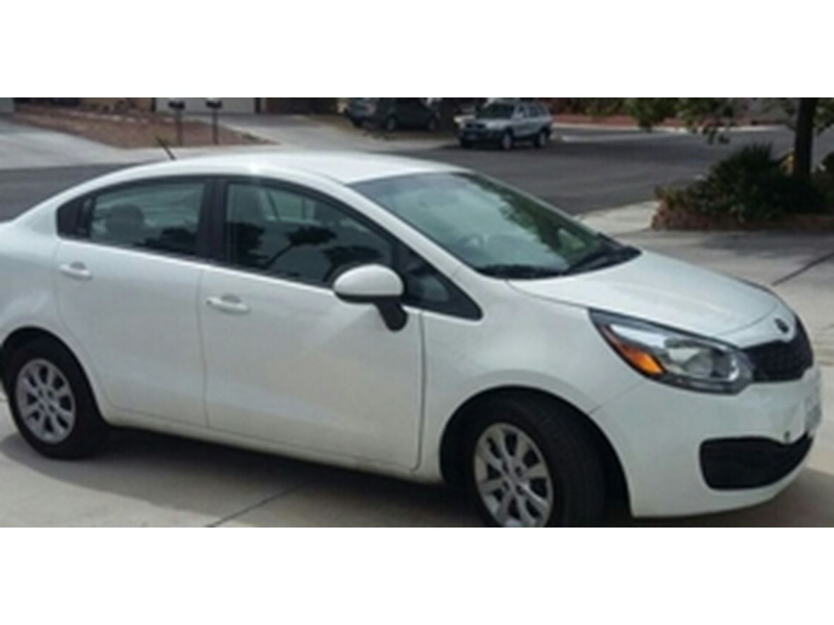 used 2014 kia rio for sale by owner in mesa az 85277. Black Bedroom Furniture Sets. Home Design Ideas