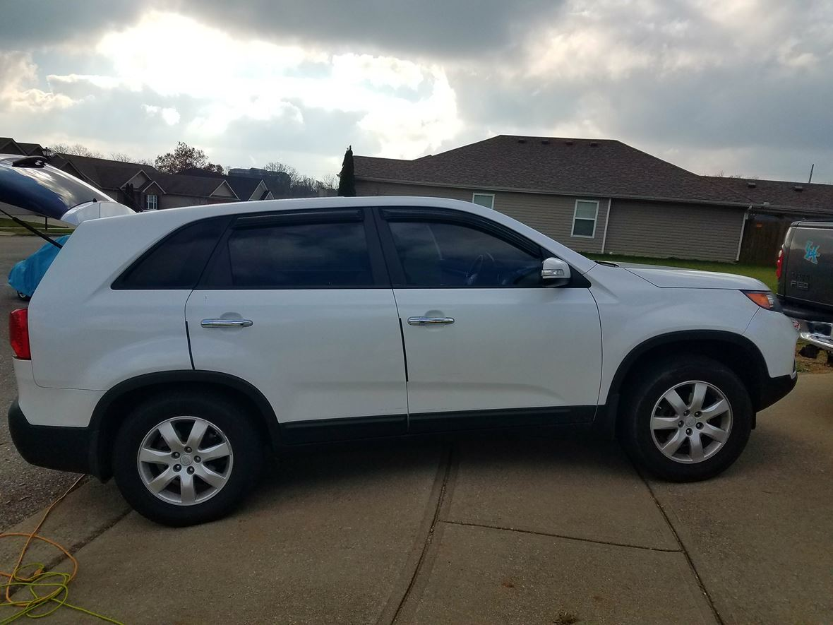 2011 Kia Sorento for sale by owner in Georgetown