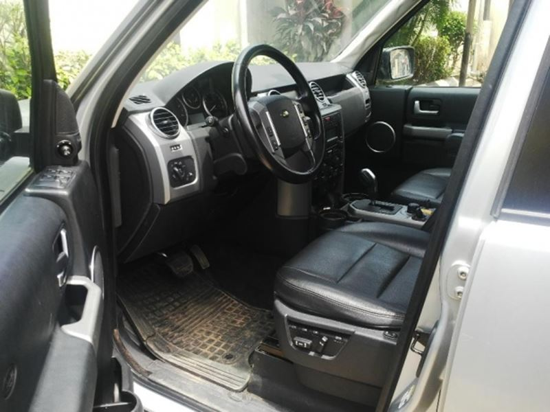 used 2010 land rover lr4 for sale by owner in waukegan il 60085. Black Bedroom Furniture Sets. Home Design Ideas