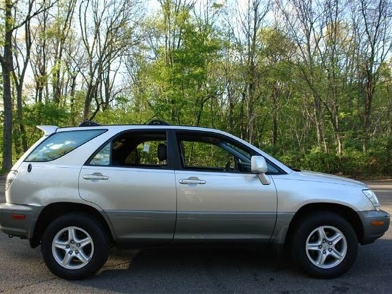 2002 lexus rx 300 for sale by owner in aberdeen sd 57401. Black Bedroom Furniture Sets. Home Design Ideas