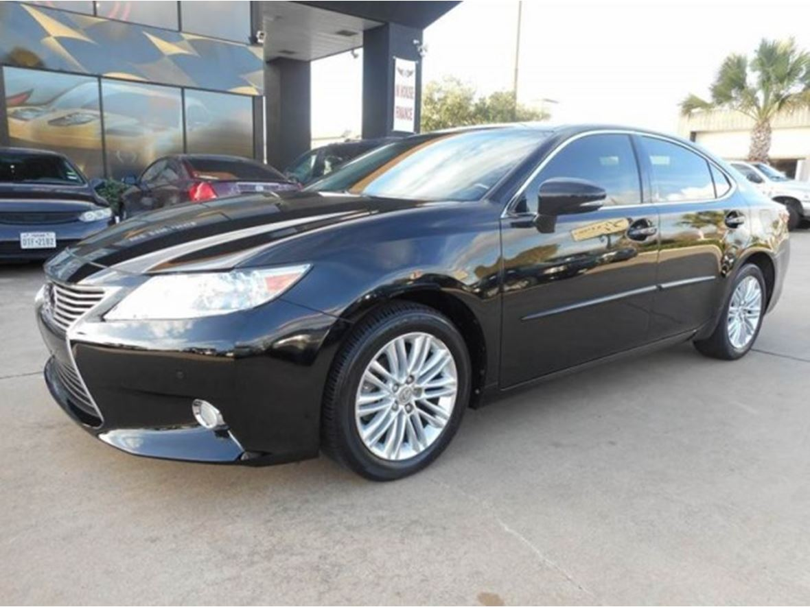 2013 Lexus ES 350 for sale by owner in Houston