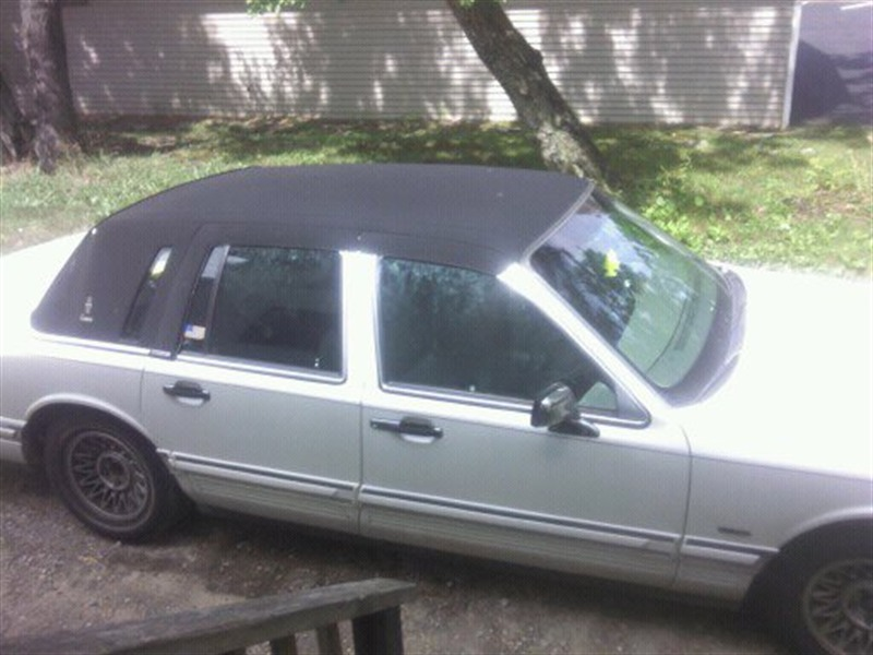 1994 Lincoln Toun Car For Sale By Owner In Vineland, NJ 08360