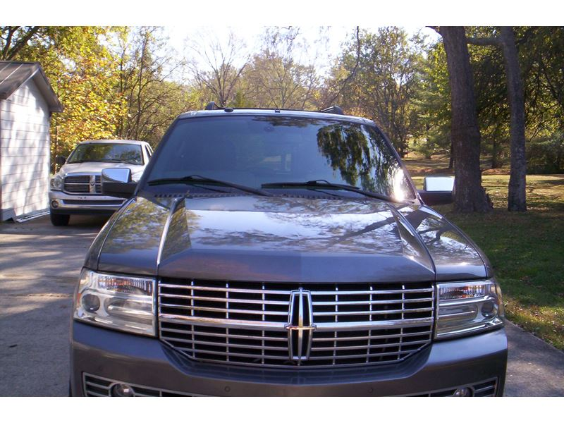 2013 lincoln navigator private car sale in brentwood tn 37024. Black Bedroom Furniture Sets. Home Design Ideas