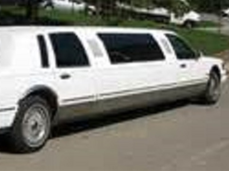 1997 lincoln town car for sale by owner in blackstone va. Black Bedroom Furniture Sets. Home Design Ideas