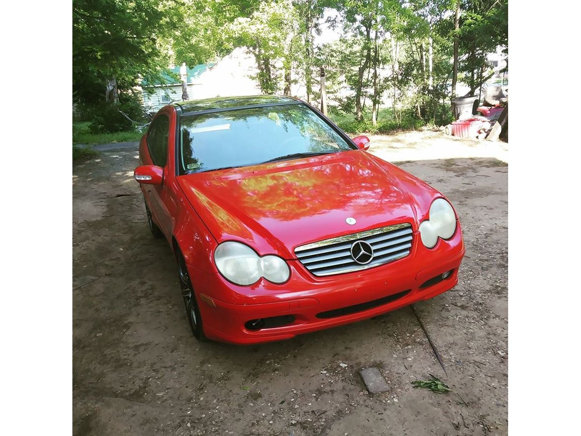 2002 Mercedes-Benz C-Class for sale by owner in Little Rock