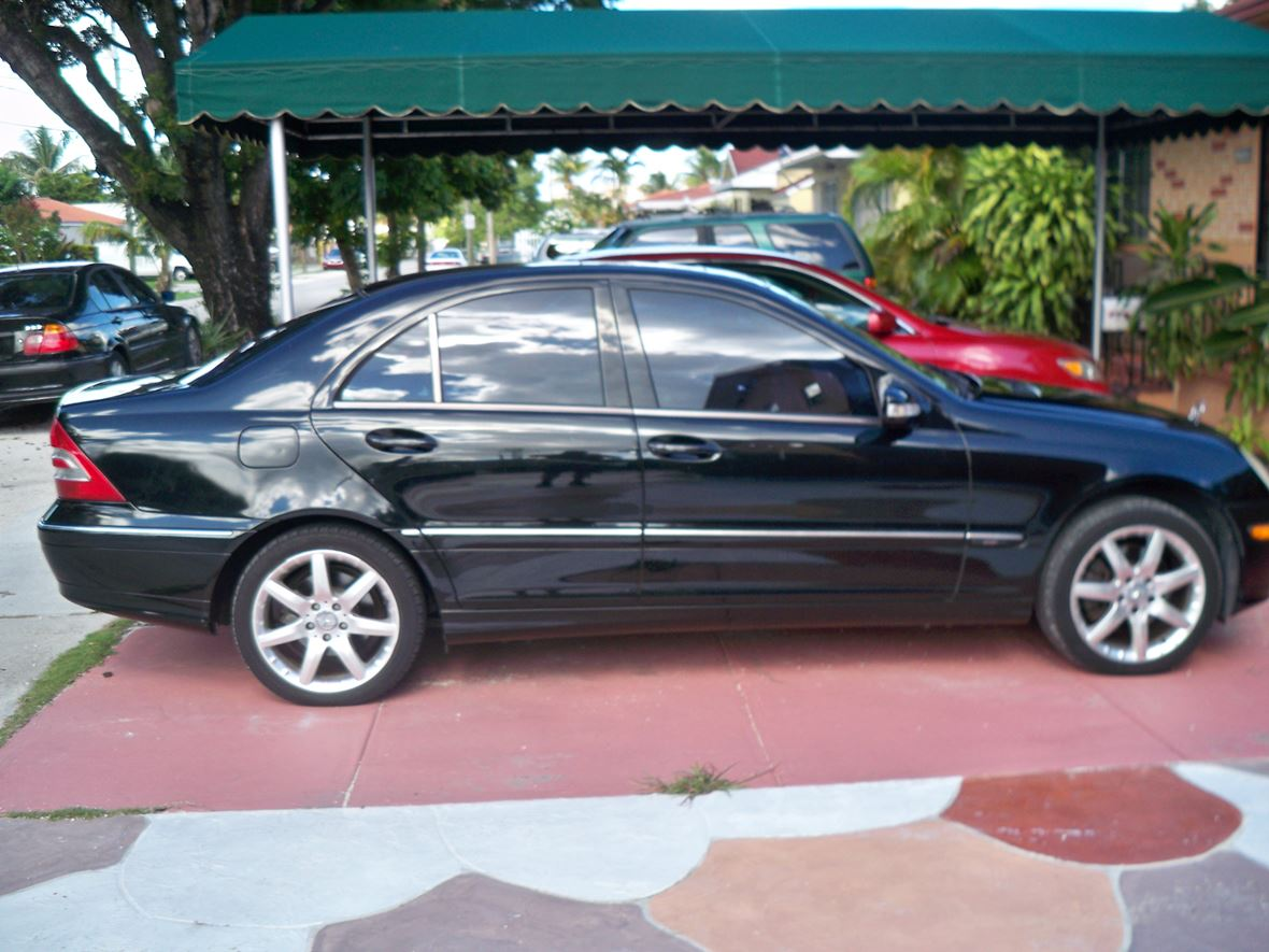 2003 mercedes benz c class for sale by owner in miami fl 33191. Black Bedroom Furniture Sets. Home Design Ideas