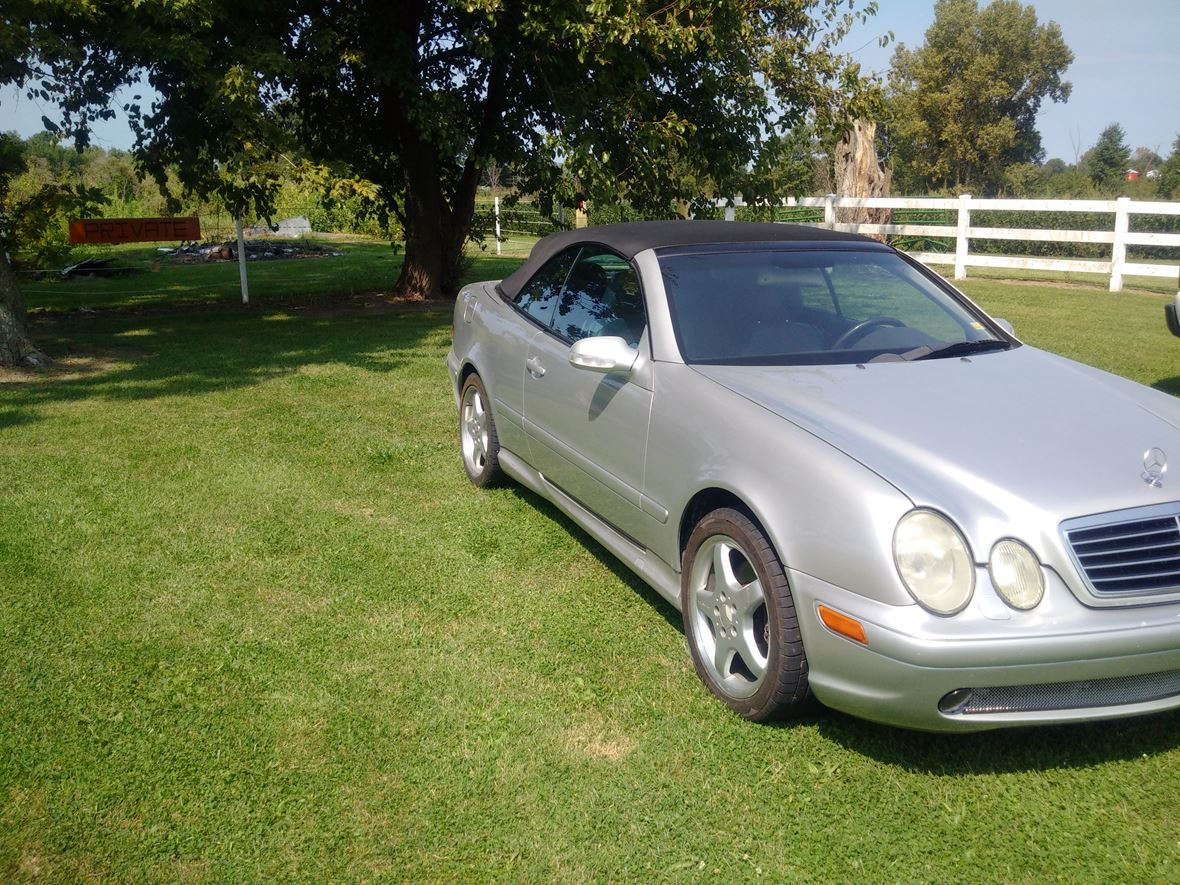 2003 Mercedes-Benz CLK-Class for sale by owner in Monroe City