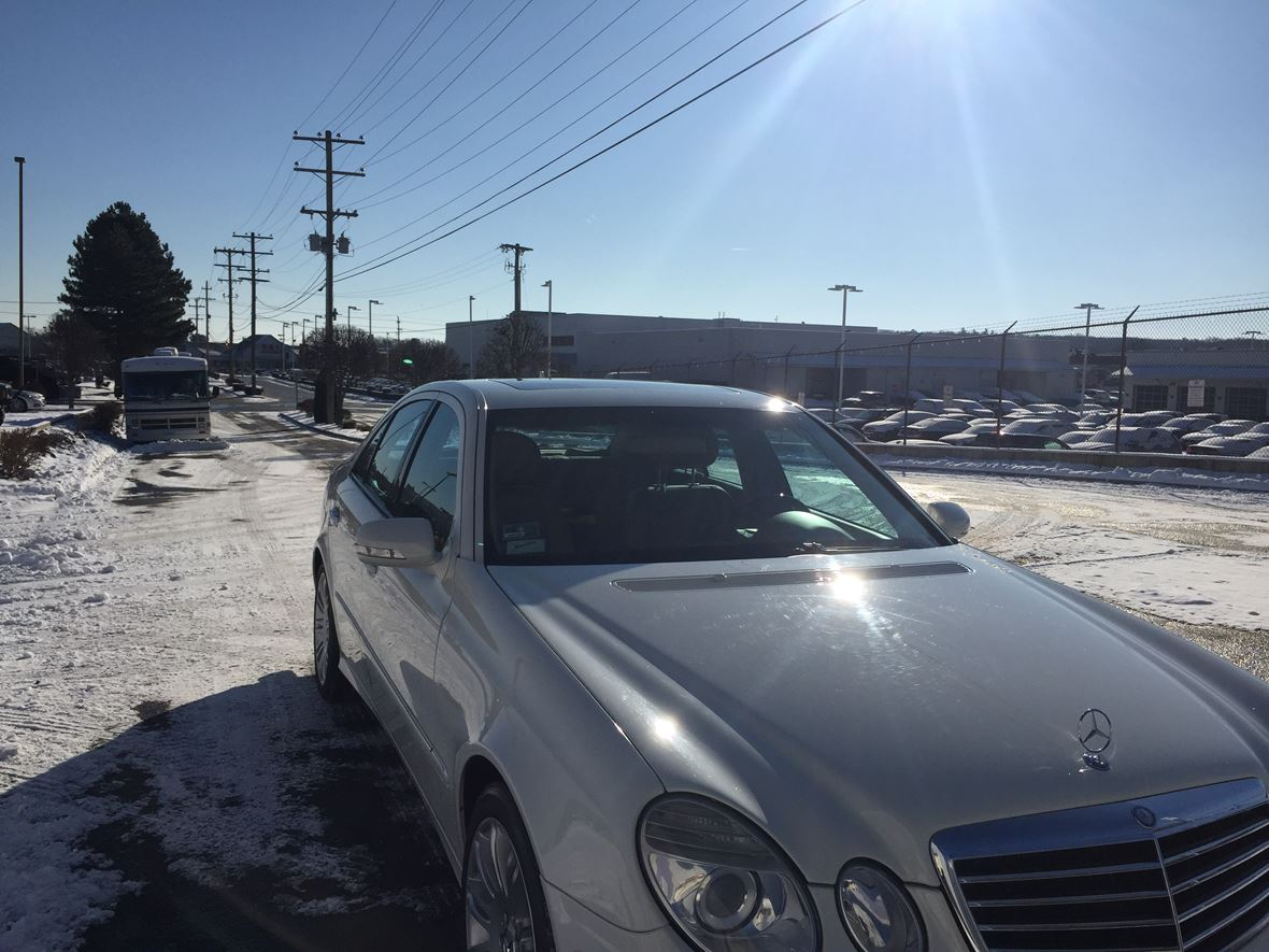 2008 Mercedes-Benz E-Class for sale by owner in Warwick