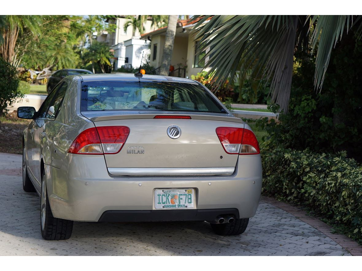 2010 Mercury Milan for sale by owner in Miami