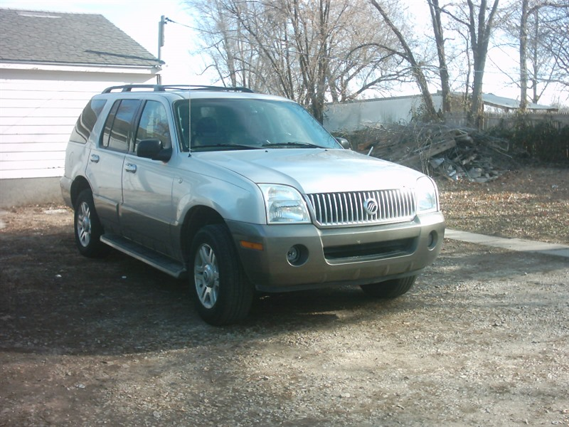 2004 mercury mountaineer for sale by owner in topeka ks 66608. Black Bedroom Furniture Sets. Home Design Ideas
