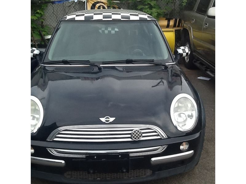 2004 MINI Cooper for sale by owner in Hicksville