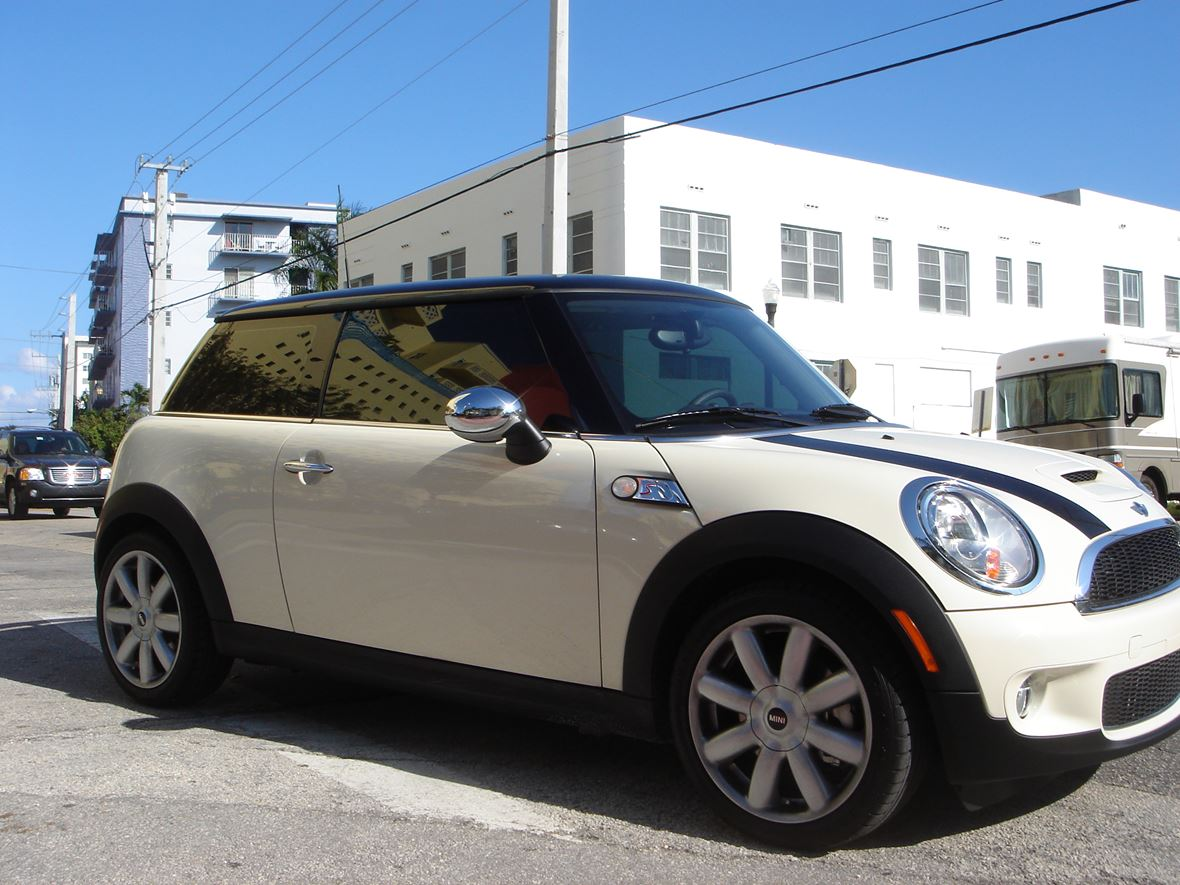 2007 mini cooper s for sale by owner in miami beach fl 33239. Black Bedroom Furniture Sets. Home Design Ideas