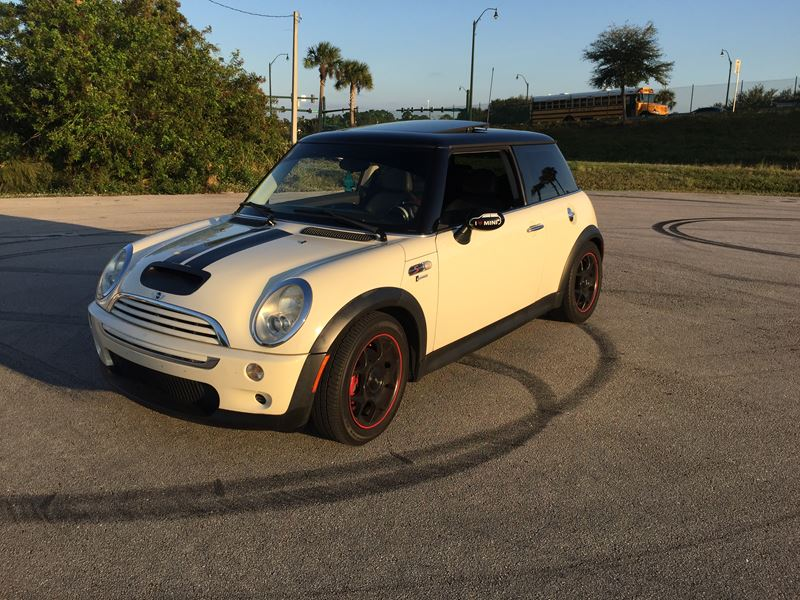 2005 mini cooper s sale by owner in port saint lucie fl 34988. Black Bedroom Furniture Sets. Home Design Ideas