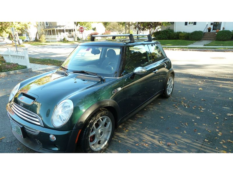 2005 mini cooper s for sale by private owner in portsmouth nh 03804. Black Bedroom Furniture Sets. Home Design Ideas