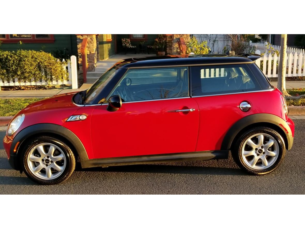 2009 MINI Mini Cooper S Hardtop for sale by owner in Hercules