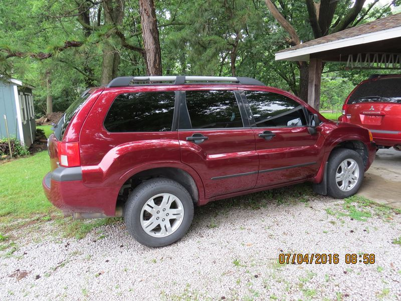 2004 mitsubishi endeavor for sale by owner in nevada mo 64772. Black Bedroom Furniture Sets. Home Design Ideas
