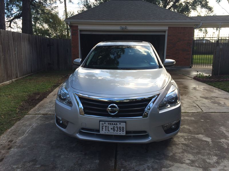 2013 nissan altima sedan pictures new and used car listings car html autos weblog. Black Bedroom Furniture Sets. Home Design Ideas