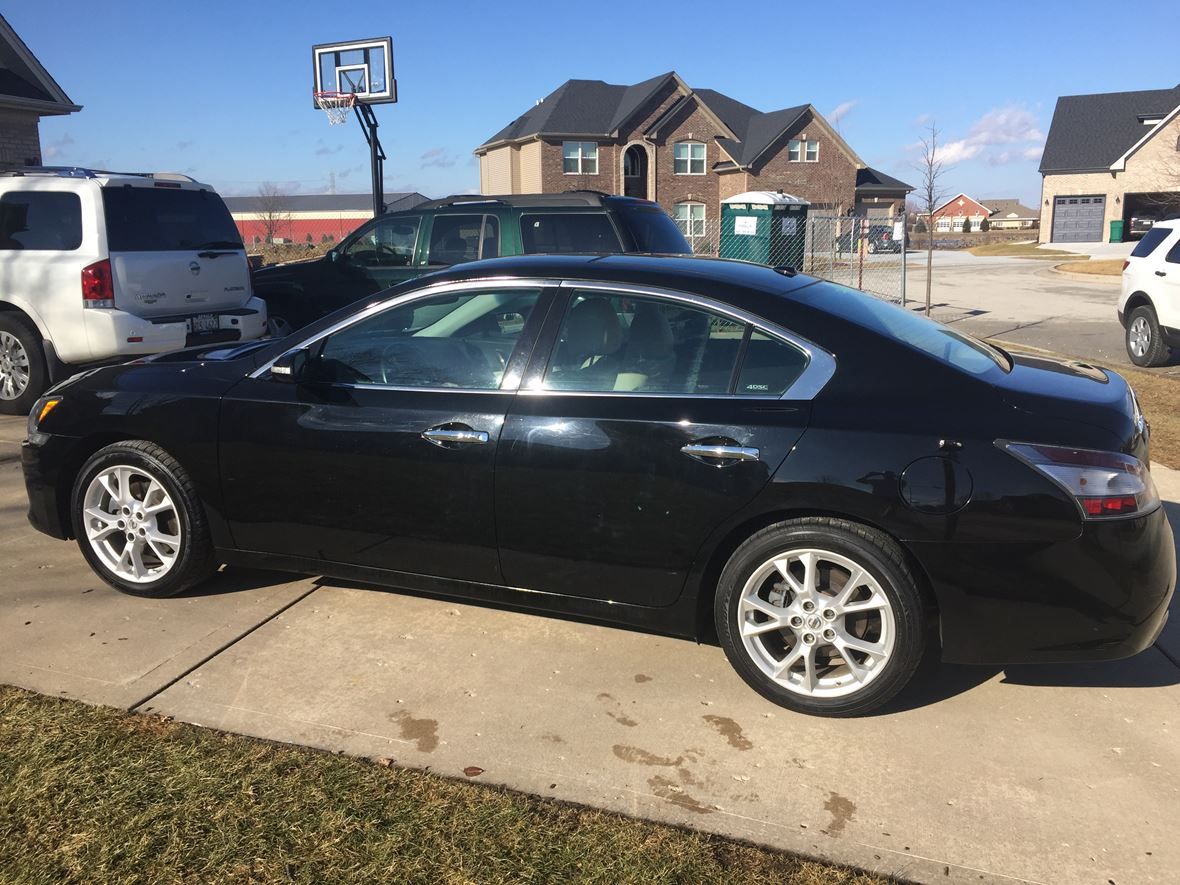 2012 nissan maxima for sale by owner in plainfield il 60544. Black Bedroom Furniture Sets. Home Design Ideas