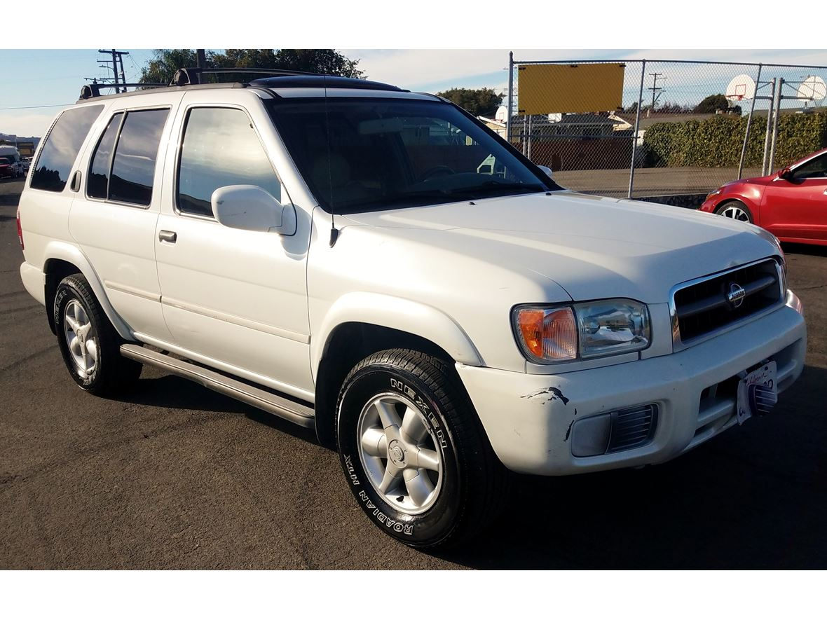 2001 Nissan Pathfinder for sale by owner in Richmond
