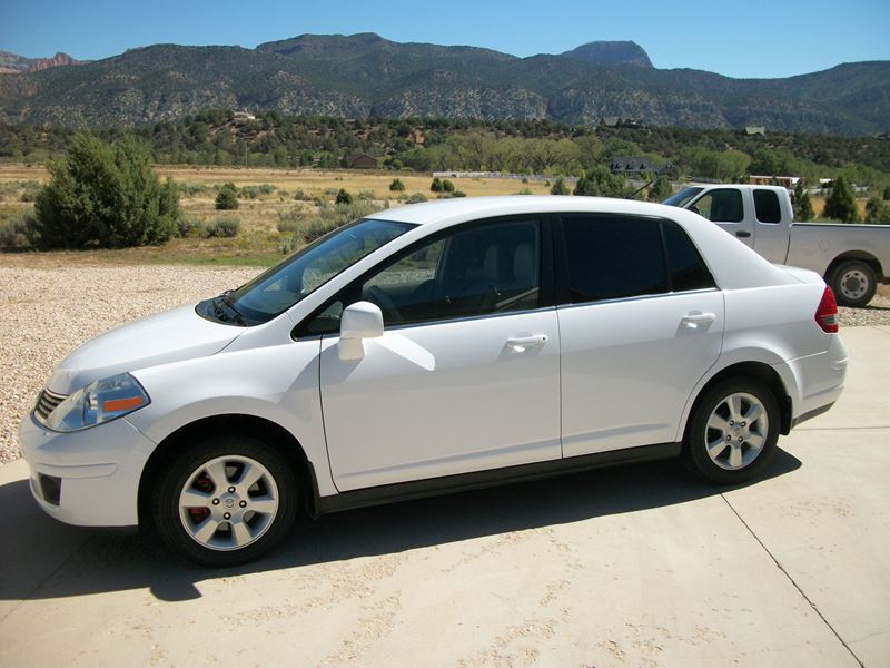 2008 nissan versa for sale by owner in new harmony ut 84757. Black Bedroom Furniture Sets. Home Design Ideas